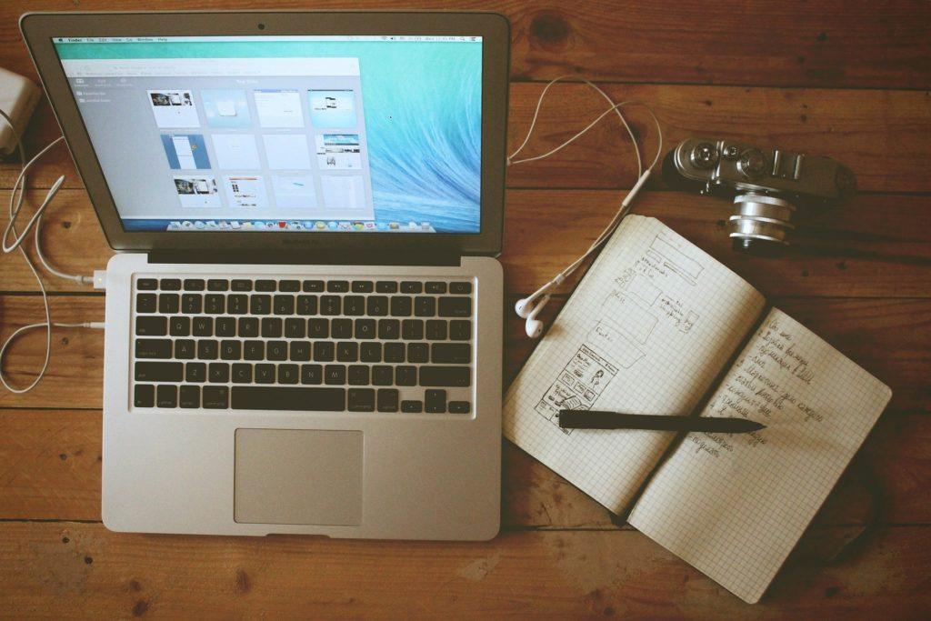 Teletravail - travailler à la maison - Création Site internet Auray par Frédérique